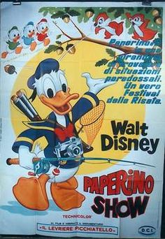 """Vintage 1960's Italian poster for the Disney animated short """"Donald Duck Show"""" 