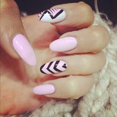 15 Awesome Trendy Nail Art Designs For You Nail Designs 2017, Black Nail Designs, Acrylic Nail Designs, Nail Art Designs, Nails Design, Acrylic Nails, Nail Gel, Pointed Nails, Stiletto Nails