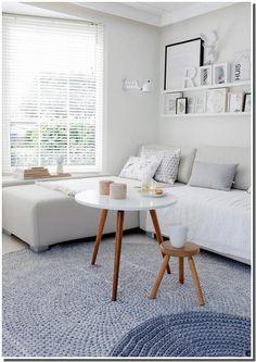 Résultats Google Recherche d'images correspondant à http://4.bp.blogspot.com/-yntNoZc6S0o/UA-50ktY_OI/AAAAAAAAE8w/3NdvMtZqGg0/s1600/salon%252Bmoderne%252Bscandinave.jpg Lentil Curry, Red Curry Lentils, Keep Warm, Restaurant, Table, Furniture, Crockpot, Scandinavian Style, Home Decor