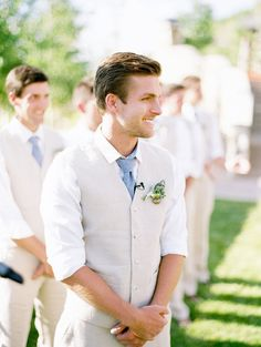 3 Of The Most Unique Spring Groomsmen Style Ideas Wedding Stuffdream Weddingmens Attire Summercasual