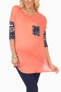 Coral Tribal Sleeve Maternity Top #maternity #cutematernityclothes #maternityoutfits
