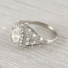 Edwardian style engagement ring #Rings #Jewelry #Diamondrings | For more beautiful rings see: http://www.engagement-rings-specialists.com/Diamond-Engagement-Rings.html