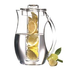 Flavor-infusing water jug! #gadget Clean Eating (Pour Water Pitcher)
