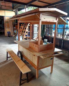 No automatic alt text available. Mobile Coffee Cart, Mobile Food Cart, Food Stall Design, Food Cart Design, Kiosk Design, Cafe Design, Vendor Cart, Bike Food, Food Kiosk