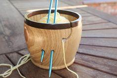 Walnut Rimmed Yarn Bowl KB12 van Salswoodturning op Etsy, $70.00