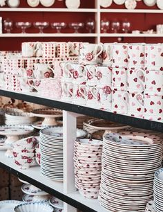 GIFT SHOP | Emma Bridgewater Grey Kitchen Walls, Kitchen Wall Colors, Kitchen Decor Themes, Grey Kitchens, Kitchen Dresser, Diy Kitchen Cabinets, Kitchen Appliances, Emma Bridgewater Pottery, Corner Pantry