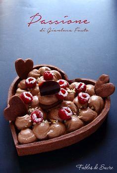 """Crostata cioccolato lamponi e mascarpone è una ricetta di Gianluca Fusto chiamata da lui """"Passione"""". Perfetta nelle diverse consistenze e nel suo equilibrio"""
