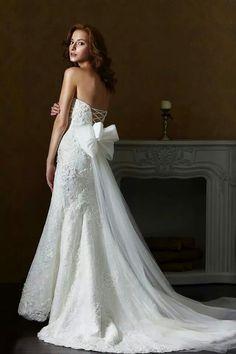 #wedding#gown#bow#train#love