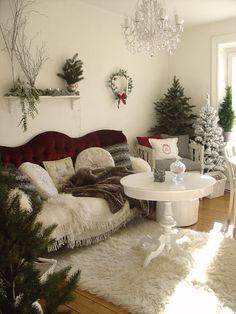 simple Christmas cozy decor-so dreamy!