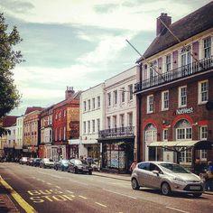 https://flic.kr/p/JP1AgU | #Randomness: Let's take anthother capture from Windsor, shall we? (#Windsor,#2014) #Berkshire,#england,#britain,#unitedkingdom,#2014,#Vignette,#risefilter,#Cityscape,#Street,#british (BY: K.J.V.W 2014-2016)