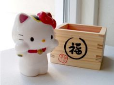 Maneki Neko Hello Kitty