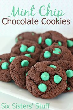 Mint Chip Chocolate Cookies on SixSistersStuff.com - mint and chocolate are one of my favorite combos!
