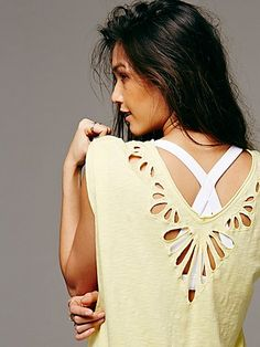cutout double v-neck tee http://rstyle.me/n/qcmf9r9te