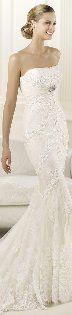 "Pronovias wedding dress ""Dietrich"", 2013 Collections."