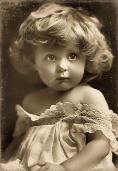 Vintage photo - what a cute little girl and that beautiful hair!