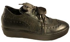 Casual laced shoes for women by Lili Mill