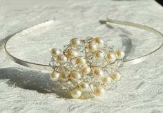 Bridal swarovski crystal and pearl headband buy preloved at www.sellmywedding.co.uk