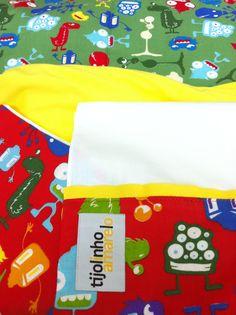 manta e lençóis do do tijolinho amarelo para o tales e a mel