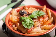 """Hungry Girl's Vodka Impasta : In addition to high-fiber penne pasta, TV host, author and """"foodologist"""" Hungry Girl Lisa Lillien's madeover penne ala vodka..."""