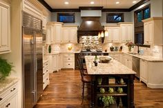 Eagle - traditional - kitchen - chicago - Oakley Home Builders