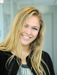 Welcome to Ronda Rousey Web, a fansite dedicated to mixed martial artist, judoka and actress Ronda Rousey. Here you will find all the latest news, images, videos and much more on Ronda daily! Ronda Rousey Hot, Ronda Jean Rousey, Ufc, Wwe Female Wrestlers, Female Athletes, Ronda Rousey Photoshoot, Ronda Rousy, Rowdy Ronda, Wwe Girls