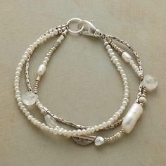 Modern Girl'S Pearl Bracelet
