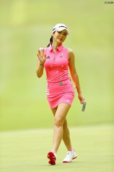 Moving To New Zealand, Lpga, Great Women, Golf Outfit, Ladies Golf, Sport Girl, Korean, Golfers, Running