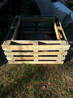 Pallet raised bed.