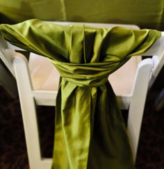 folding chair with tie