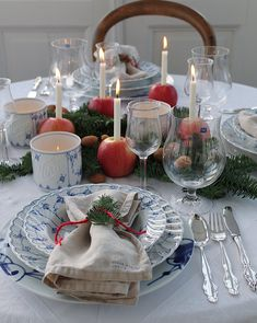 Shop Norwegian design china from Porsgrund porcelain factory - Official Online Shop - Now World wide delivery! Norwegian Christmas, Cozy Christmas, Rustic Christmas, Christmas Cookies, Xmas, Easy Christmas Decorations, Christmas Themes, Table Decorations, Dere
