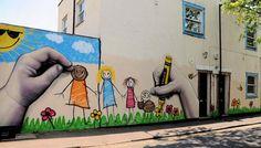70 voorbeelden van originele kunst op straat. Voor een vernieuwend - en gewoon leuker - straatbeeld.Verzameld door BoredPanda.com.
