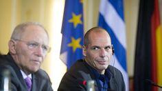 Finanzminister ist Yanis Varoufakis nicht mehr. Aber der Ex-Politiker plaudert gern aus dem Nähkästchen. Er meint: Angela Merkel hat die Deutschen belogen - um ein Ziel zu erreichen.
