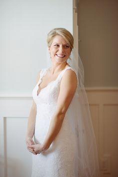 CHARLESTON WEDDINGS - Winter Wedding at Boone Hall Plantation. Photographer: Jennings King Photography / Planning & Design: Fox Events
