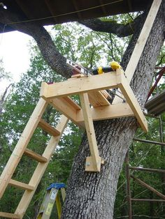 Idea for treehouse stair platform