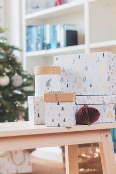 Present Christmas, Nanu Nana, Diy Hanging, Box, Advent Calendar, Holiday Decor, Home Decor, Christmas Presents, Present Wrapping