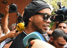 Ronaldinho lawyers push for release over fake passport scandal Permanent Residence, Crime, The Brethren, Scandal, Prison, Passport, The Past, Livres