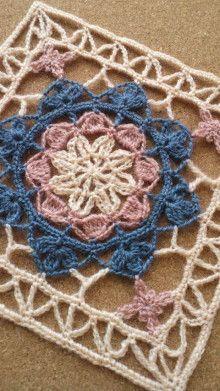 Crochet Motif Patterns, Crochet Blocks, Crochet Squares, Crochet Designs, Stitch Patterns, Granny Squares, Holiday Crochet, Crochet Home, Irish Crochet
