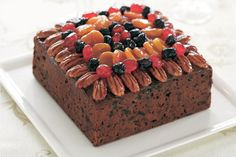 You will need to start your preparation the day before baking this cake. Soaking the fruit allows it to plump up and produces a deeper flavour. This cake can be made up to three months in advance of eating, if necessary. Glaze For Cake, Square Cakes, Glaze Recipe, Exotic Food, Recipe For Mom, Cake Tins, Cooking Time, Christmas Cakes, Christmas Ideas