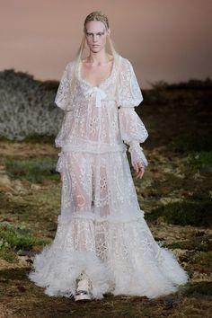 moon & stars & lace | Alexander McQueen Fall 2014