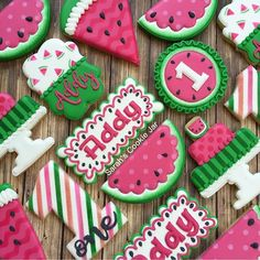 New Birthday Party Ideas For Girls Summer 32 Ideas 1st Birthday Themes, Baby Girl 1st Birthday, Summer Birthday, First Birthday Parties, Birthday Ideas, Watermelon Cookies, Watermelon Birthday Parties, Birthday Cookies, 1st Birthdays