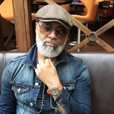 Irvin Randle, a grandad from Houston is stopping ladies, young and old , in their tracks with dapper physique and attire. Randle, a grandd… Black Men Beards, Mode Man, Beard Game, Mature Men, Well Dressed Men, Beard Styles, Bearded Men, Men Dress, Sexy Men
