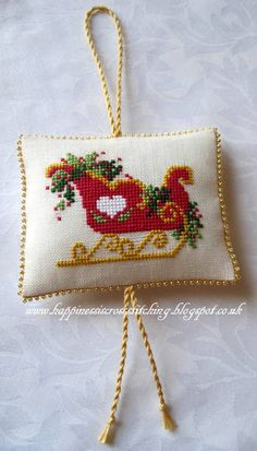 Happiness is Cross Stitching : Christmas stitching, Jardin prive stitching and a thankyou!