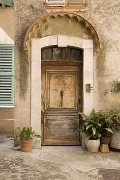 French details - Biot, France, door, entrance, details, curve, rustic, architechture, beautiful, charming, photograph, photo