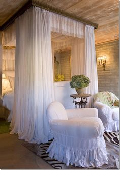 image The Master Bedroom in Suzanne Sommers Home in Palm Springs