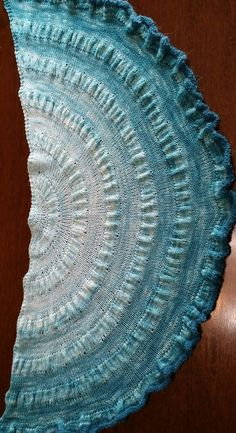 Free knitting pattern for Citron Shawl easy shawl