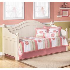 Signature Designs by Ashley Cottage Retreat Cream Cottage Day Bed