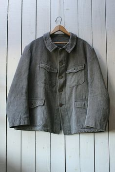 Vintage french hunting jacket/1930's/salt n' pepper/gray/animal button/black chambray/A line