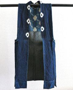 Impressive Shonai Sashiko Steaching. Noragi. Famer's Vest. Japanese Antique Fabric. Beautiful Indigo dyed. Aizome.Sode-Nashi 05302