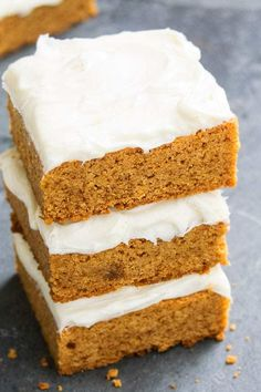 4 Points About Vintage And Standard Elizabethan Cooking Recipes! Pumpkin Bars With Cream Cheese Frosting - Cakewhiz Pumpkin Cream Cheese Bars, Cream Cheese Recipes, Cream Cheese Frosting, Deserts With Cream Cheese, Cream Cheese Cookies, Desserts To Make, Fall Desserts, No Bake Desserts, Dessert Recipes