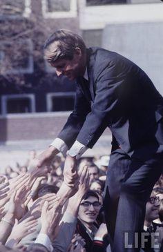 Senator, Robert Kennedy Photographer:Bob Gomel